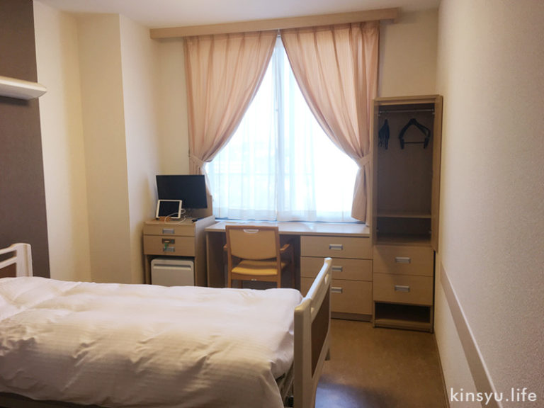 新百合ヶ丘総合病院病室